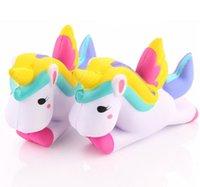 ingrosso telefono di volo-Jumbo Unicorn Flying Horse Pu Giocattoli Decompressoin Toy PU Morbido Squishy lento aumento Cinghie del telefono Ciondolo Fun Kids Toy 12 * 8 cm Migliore