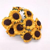 florete de flores al por mayor-Artificial flor de sol girasol de seda bricolaje floret falso amarillo color oscuro color claro pequeña margarita caja de regalo decorar 8ytb1
