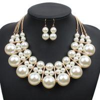 ingrosso grandi orecchini della collana della perla impostati-2019 New Multi Layer Big Pearl Necklace Set Orecchini Fashion Gold Imitazione Perle Set di gioielli Donna Wedding Femme Corrente