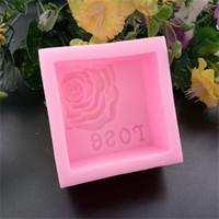 moldes para hornear cuadrados al por mayor-Rosa de silicona moldes de jabón cuadrado rosa molde de la torta de grado alimenticio galletas para hornear aparato manual diy puede poner horno 6 9hnC1