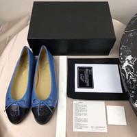 flats vestido sapato mulheres venda por atacado-CH106 Moda Designer De Luxo Mulheres Sapatos 2019 mulheres sapatos de grife senhoras plana Apontou Toes Bombas Vestido sapatos tamanho 10 com caixa