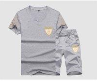 v-pullover herren großhandel-Sommer Herren V-Ausschnitt Trainingsanzüge Stickerei Laufen Pullover Herren Anzüge Modedesigner Lose Herren 2 STÜCKE Sets