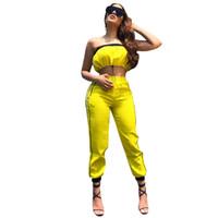 ingrosso tuta da donna gialla-Tuta da donna con coulisse senza spalline crop top pantaloni a righe laterali vestito giallo due pezzi splicing abiti OOA6419