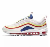 sapatilhas das novas chegadas venda por atacado-2018 Multi Luxo Triplo S Designer Baixa Nova Chegada Sneaker Combinação Solas Botas Mens Womens Runner Sapatos de Alta Qualidade Sapato Esportivo Casual
