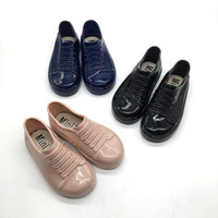 резиновый аромат оптовых-Летняя детская обувь Конфетный цвет Резиновый аромат Детские резиновые сапоги с короткой трубкой на плоской подошве Gilr