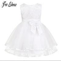 bragas de encaje blanco chicas al por mayor-Nuevo vestido de bebé con bragas de encaje bordado blanco de la niña vestidos de bautizo 1 año vestido de cumpleaños ropa de bebés niñas para 3-24 m Y19061001