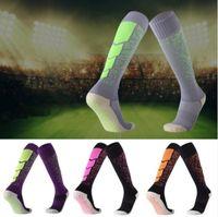 longos deslizamentos de algodão venda por atacado-Correspondência de cores Soccer dot Toalha engrossado meias de futebol toalha de Algodão Longo Anti-slip meias Anti Slip respirável Meias esportivas Andando A281