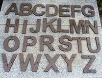 grandes letras de metal venda por atacado-20 Peças Grande Grande Letra De Ferro Fundido Alfabeto Número A-Z 0-9 Números de Porta de Casa de Metal Antigo Numerais Letras Loja de Decoração de Casa Montado Na Parede
