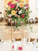 ingrosso casa popolare-Vasi popolari del pavimento Breve supporto di nozze del centro della via del metallo del basamento del fiore per la decorazione domestica del partito di evento