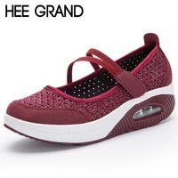 kayma sürüngenleri toptan satış-HEE GRAND Creepers Kadın Nefes Sallanan Ayakkabı Kadınlar Flats Ayakkabı Boyutu 35-42 Slip On 2018 Yeni Yaz Platform Ayakkabı
