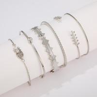 boho-manschettenarmband großhandel-6 Stück Silber Geometrische Armbänder Set Behemian Gypsy Stulpe-Armband-Boho Schmucksachen für Frauen Geburtstag Neujahr Weihnachtsgeschenk
