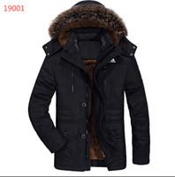 abajo abrigo caqui al por mayor-2019ADDIAS invierno nuevos hombres de pato blanca en la chaqueta de estilo clásico caliente grueso ocasional de la capa encapuchada de Down ropa gris de color caqui Negro