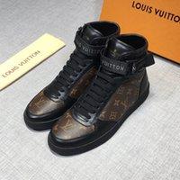 botas de piel mujer venta al por mayor-De calidad superior Lbrand FUN Zapatos de lujo de diseño FUR la zapatilla de deporte del cuero genuino de las mujeres del regalo para hombre Racer Hot venta Deportes botas casuales