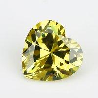 pedras preciosas amarelas venda por atacado-3x3 ~ 12x12mm Grau 5A Amarelo Azeitona Forma de Coração Cubic Zirconia Pedra Solta Pedra CZ Gemas Sintéticas