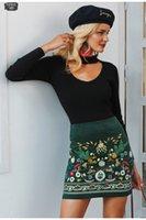 jupe de broderie hivernale achat en gros de-Vintage taille haute jupes femmes Boho crayon en velours côtelé bas jupe d'hiver broderie féminine automne sexy vert mini jupe