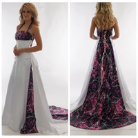Wholesale halter back wedding dresses for sale - Group buy Halter Camo A Line Muddy Girl Wedding Dresses Camouflage Custom Plus Size Bridal Gowns Real Tree Countryside Lace Up Back Robe De Soire