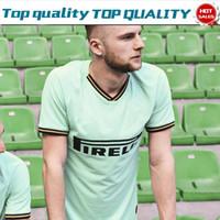 camisetas de fútbol de manga corta al por mayor-2020 Inter away green Soccer Jerseys # 9 LUKAKU # 14 NAINGGOLAN 19/20 Hombres Camisetas de fútbol Manga corta Uniformes de fútbol personalizados