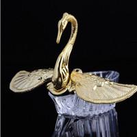 ingrosso favori di caramelle di cigno-Stili europei Acrilico Oro Argento Cigno Dolce regalo di nozze Jewely Contenitore di caramelle Scatole regalo di caramelle Bomboniere Titolari