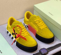 Wholesale BEST quality low Top off SNEAKERS arrows embroidered white men designer shoes top quality real leather designer sneakers women