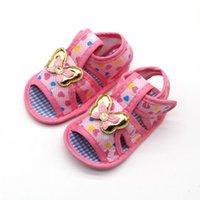 sapatas de passeio das meninas primeiras venda por atacado-Bebê recém-nascido Menina Sola Macia Sapatos Anti-slip Coração Impressão Prewalkers Borboleta Design Primeiros Caminhantes Sapatos de Caminhada Do Bebê Menina 0-18 M