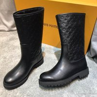 Wholesale boots material resale online - 2019 new fashion luxury ladies sleeve short boots fashion comfortable soft embossed material women short boots size