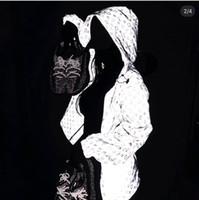 designer roupas adulto venda por atacado-Crianças de luxo / Adulto Roupas de Grife À Prova D 'Água Com Capuz A Laser Jaqueta Reflexiva Meninos Meninas Roupas Atacado Giacca Firmata Casacos de Alta Qualidade