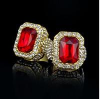 anillos de piedra roja para mujer. al por mayor-Color oro Hip Hop Iced Red Stone Tamaño del anillo Cz Disponible Anillo de mujer de lujo para hombre Moda dedo Bling hombre anillo