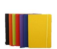 a5 lederne notizbücher großhandel-Klassisches Notizbuch Hardcover Notebook A5 Costom Design College ausgeschlossen PU Leder mit elastischem Taschenverschluss 13.8 * 20.7