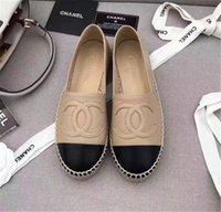 sandalias de verano de tacón bajo al por mayor-Con la caja de zapatos de verano 2019 sandalias del pescador Alpargatas de tacón bajo los zapatos de cuero genuino de ocio Muchos colorean el tamaño del modelo 35-42 C06