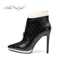 sapatos pontudos online venda por atacado-Arden Furtado calçados femininos de moda no inverno 2019 apontou toe stilettos saltos zipper online celebridade concisa botas curtas