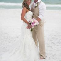 ingrosso vestiti estivi groomsmen-Abito da sposo beige Smoking da matrimonio da spiaggia Groomsmen da uomo Slim Fit formale Prom Party Due pezzi Suit (Vest + Pants) Tailor Made