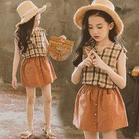kahverengileşen kıyafetler toptan satış-Çocuklar Kızlar Giyim Setleri Kahverengi Kare Kolsuz Üst Çocuklar Giysi Tasarımcısı Iki Parçalı Takım Cep Düğme Dekorasyon Yumuşak Elastik Etekler