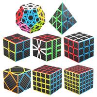 ingrosso rubik giocattoli-Gioco Cubo 3X3 di Rubik, Puzzle Game, Classic Colors 8 Design Magic Cubes Rubik Toys I migliori giocattoli per bambini