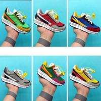 zapatos juveniles para niños al por mayor-Zapatillas para niños grandes Nike Sacai x LDV Waffle running Pino Verde Triple Negro Verde Gusto Sacai LDV Waffle Zapatillas de deporte para niñas