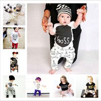 bebé pcs camiseta camiseta pantalón corto al por mayor-Ropa de bebé INS Set Boy Girl Cartoon Animal Letter Print Mangas cortas sin mangas T-shirt + Pants 2 UNIDS Set Infant Kids Ropa B3133