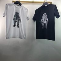 londra tişört toptan satış-19ss Lüks Avrupa İngiltere Londra Yüksek Kalite siyah beyaz astronotlar Tshirt Moda Erkek Kadın T Gömlek Casual Pamuk Tee Üst