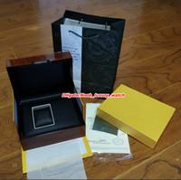 gelber papierkarton großhandel-2019 Upgrade-Version Original Box Papiere Geschenk Holzbox Gelb ROYAL OAK 15400ST 26331ST Luxus Uhrenbox Herrenuhren Uhren Armbanduhrenboxen