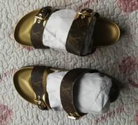 sandalia de diseño para niña al por mayor-Más nuevo 2019 LL Italia diseño zapatillas causales chicas tian / flores imprimen sandalias de diapositivas unisex al aire libre playa chanclas