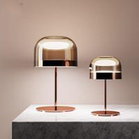 mesa moderna italia al por mayor-Lámpara de cabecera ligera Tabla moderna minimalista Nordic Metal Vidrio Lámpara de mesa Italia Diseño de oro rosa Para estar Sala de Estudio Dormitorio