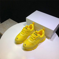 a laranja caçoa sapatas de lona venda por atacado-Balenciaga Kids Shoes Meninos Meninas malha Sneakers Fluorescência Sports Sneakers na moda Miúdos da escola Calçado Amarelo Laranja Verde Shoes