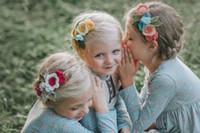 foto de bebe llena al por mayor-Fieltro completo corona de la flor accesorios de la venda Vintage Baby Kids Rose diadema accesorios de la foto Flor hoja niñas accesorios banda elástica linda