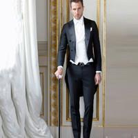 klasik smokin 44 toptan satış-Siyah Tailcoat Erkekler Damat Düğün Smokin Takım Elbise Resmi Sabah Parti Uzun Ceket Giymek 3 Parça Vintage Kostüm Homme İtalyan Terno Masculino