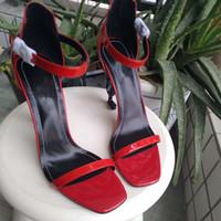 sapato novo estilos europeus venda por atacado-O novo estilo europeu de luxo clássico sandálias de salto alto senhora sapatos paris supermodelo passarela sola de borracha fivela