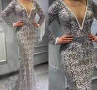 vestido de baile de finalistas venda por atacado-Luxo lantejoulas completos sereia vestidos de baile 2020 cristal decote em v mangas compridas vestidos de noite com borlas lantejoulas trem da varredura formal vestido de festa
