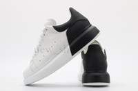 yeni moda mini parti elbiseleri toptan satış-2019 Yeni Lüks Tasarımcı Erkek Kadın Rahat Ayakkabı En Kaliteli Moda Sneakers Parti Platformu elbise Ayakkabı deri patchwork renk Chaussures