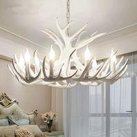 luz de asta moderna al por mayor-Lámpara de araña de resina de astas Lámpara de asta blanca moderna Arañas de brillo E14 Luces vintage Iluminación de novedad