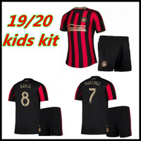 kits juveniles al por mayor-MLS 2019 2020 Atlanta United Kids Kit Fútbol Jersey Inicio Rayas Rojas VILLALBA MARTINEZ BARCO FC Niños Niño Fútbol Juvenil playeras