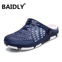 ingrosso sandali chiusi-Mens Sandals Summer Garden Walking Men Sandals Hollow traspirante Beach Closed Toe Maschio pantofole Sandalia Masculina