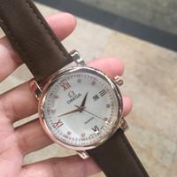 relojes suizos de cuero al por mayor-Suiza Top Brand Luxury 2019 Fashion Diamond Correa de cuero Cuarzo Hombres Relojes Casual Fecha Diseñador de negocios Relojes masculinos Montre Homme