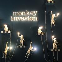 araña de luz mini de oro al por mayor-Moderna Resina Creativa Mono Blanco Lámpara Loft Vintage Hemp Cuerda Colgante de Luz para el Hogar Bar Cafe Retro Colgante colgante lámpara